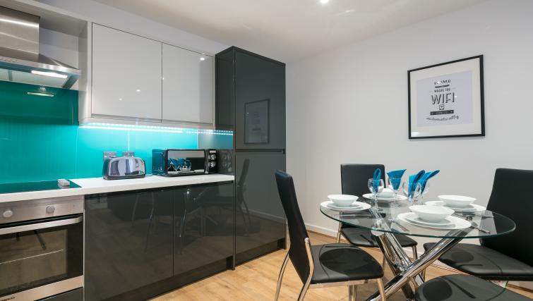 Kitchen facilities at the Bluestone Trinity Apartment - Citybase Apartments