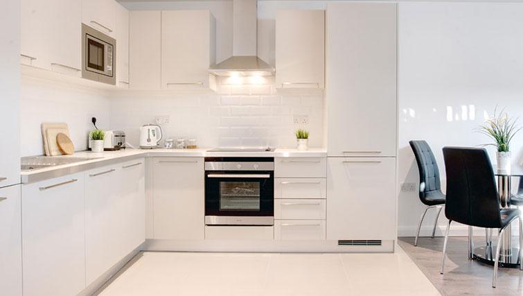 Modern kitchen at Linton Apartments - Citybase Apartments