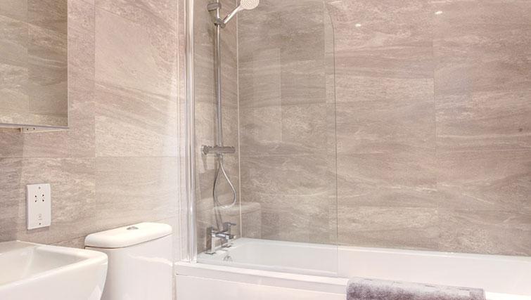 Bathroom at Linton Apartments - Citybase Apartments