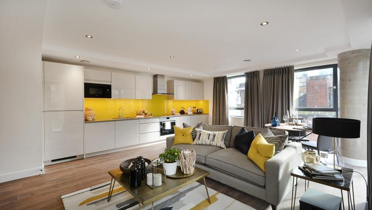 Modern kitchen at Aldgate City Apartments - Citybase Apartments