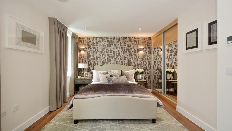 Bedroom at Aldgate City Apartments - Citybase Apartments