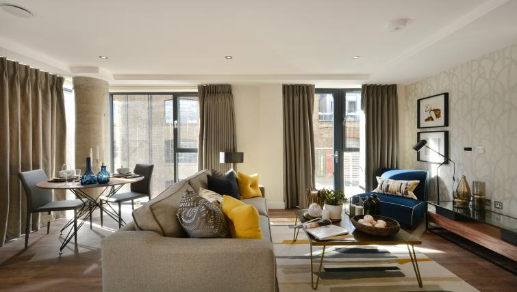 Sofa at Aldgate City Apartments - Citybase Apartments