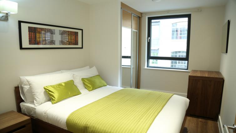Double bedroom at Aldgate City Apartments - Citybase Apartments