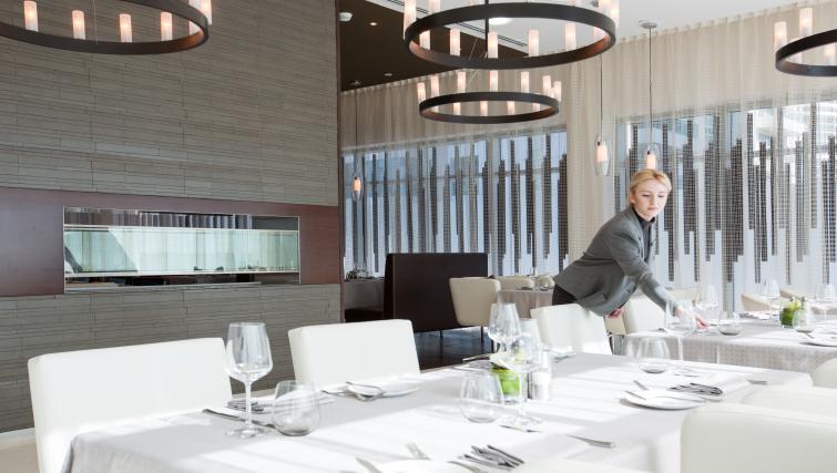 Restaurant at Pullman Dubai Jumeirah Lakes Towers - Citybase Apartments