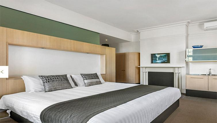 Bedroom at Quest Trinity House - Citybase Apartments