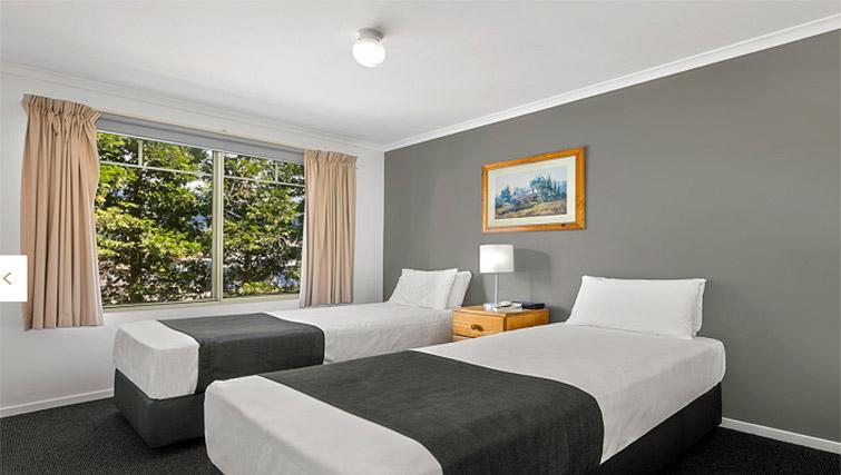 Twin beds at Quest Trinity House - Citybase Apartments