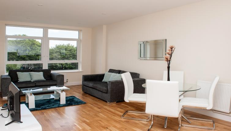 Living area at PSF Apartments - Citybase Apartments