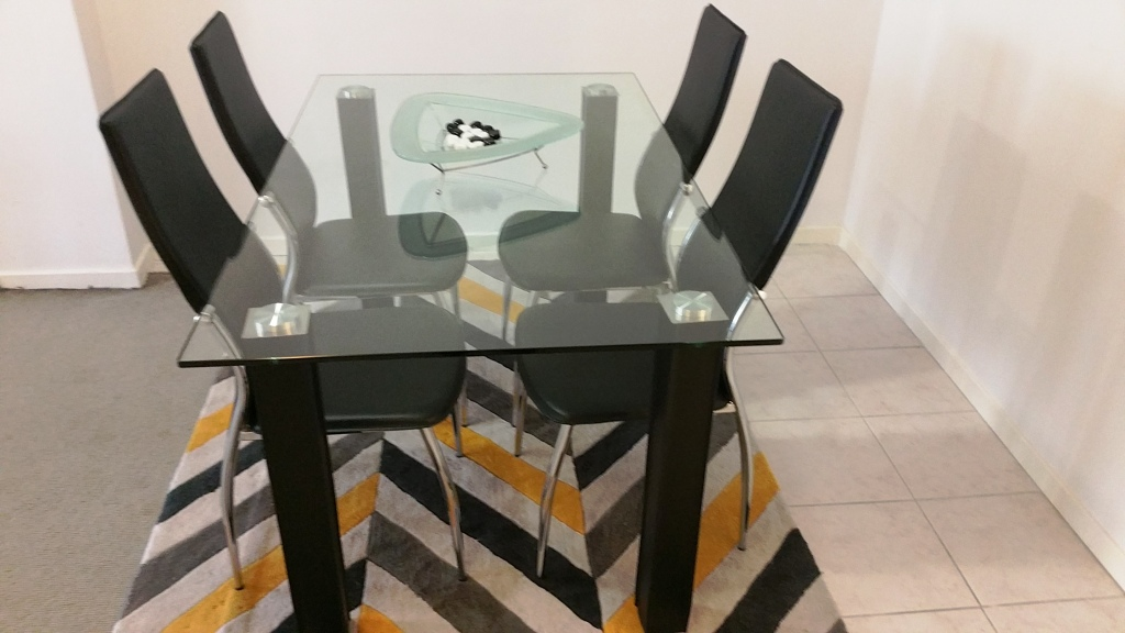 Dining table at Mid Town Sydney Apartments - Citybase Apartments