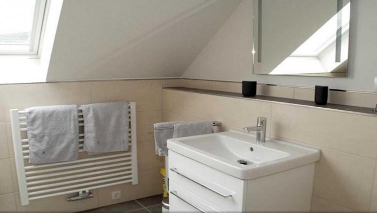 Bathroom at Pellenzblick Apartments - Citybase Apartments