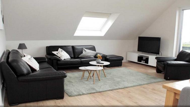 Living room at Pellenzblick Apartments - Citybase Apartments