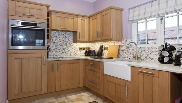 Kitchen at Holtby Farm Cottages - Citybase Apartments