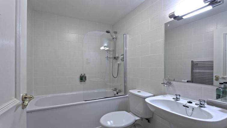 Bathroom at Skene House Whitehall Apartments - Citybase Apartments