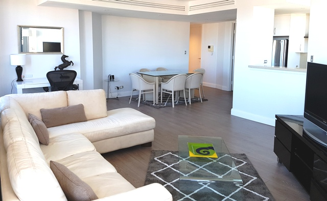 Dining area at Chinatown Central Apartments - Citybase Apartments