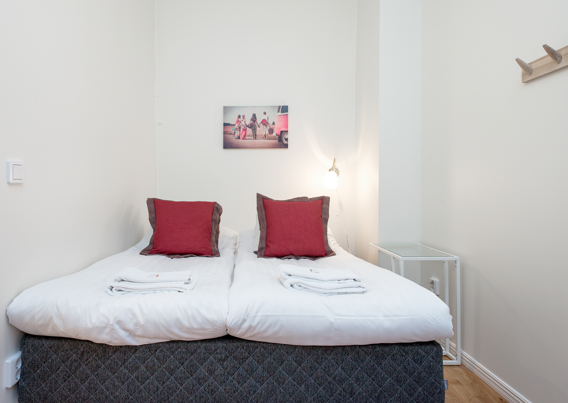Cosy bedroom at Upplandsgatan 61 Apartments - Citybase Apartments