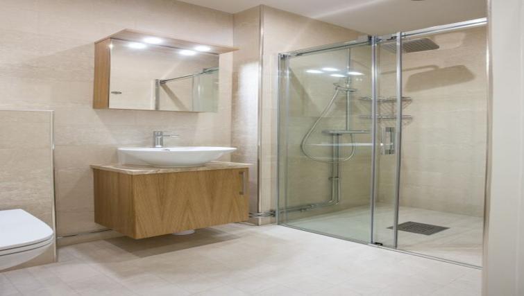 Shower room at Upplandsgatan 61 Apartments - Citybase Apartments