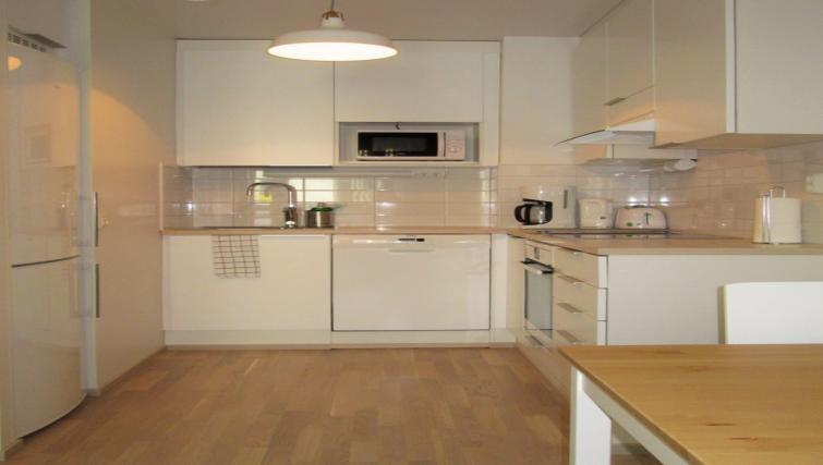 Kitchen facilities at the Viskaali Apartments - Citybase Apartments