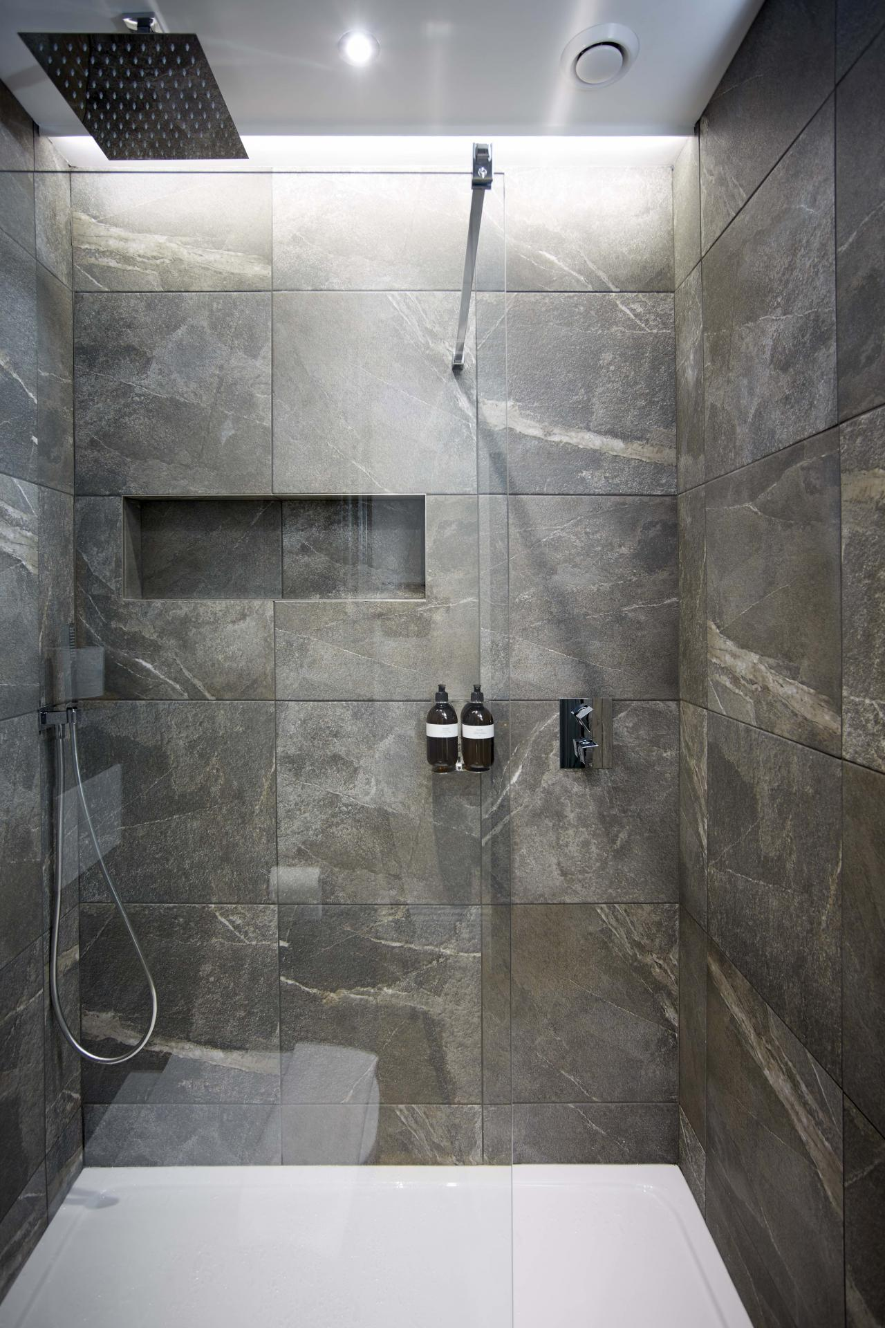 Shower at the Hideout Hotel Hull - Citybase Apartments