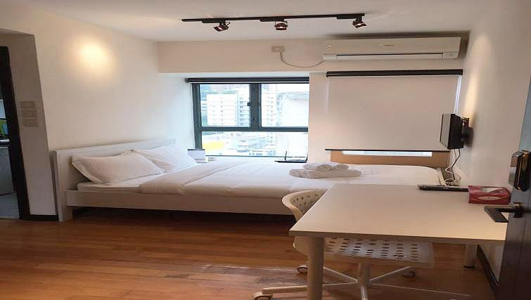 Studio room at Dash Serviced Suites Wanchai - Citybase Apartments