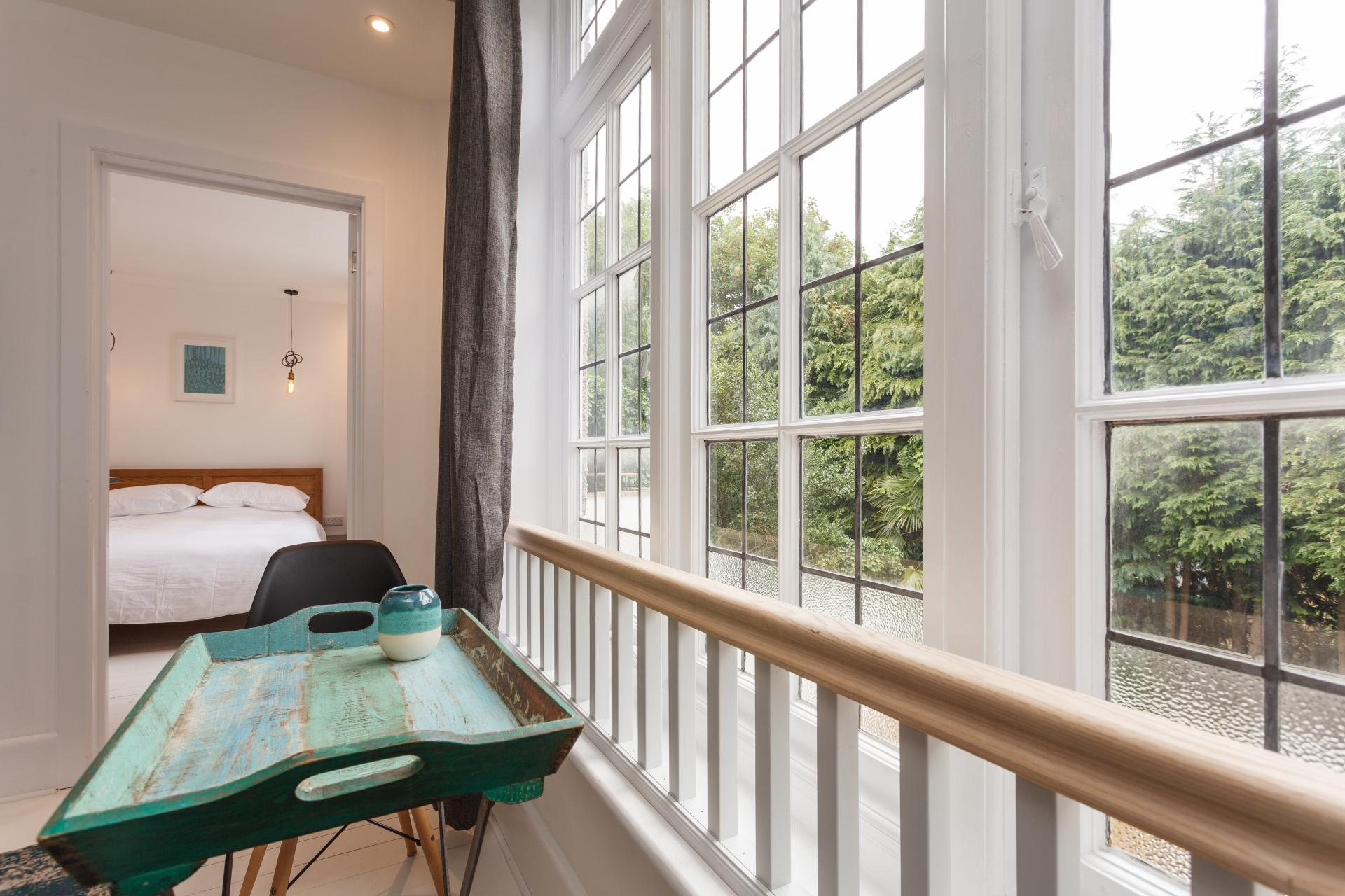 Dining at Dale House Apartments, Westbourne, Bournemouth - Citybase Apartments
