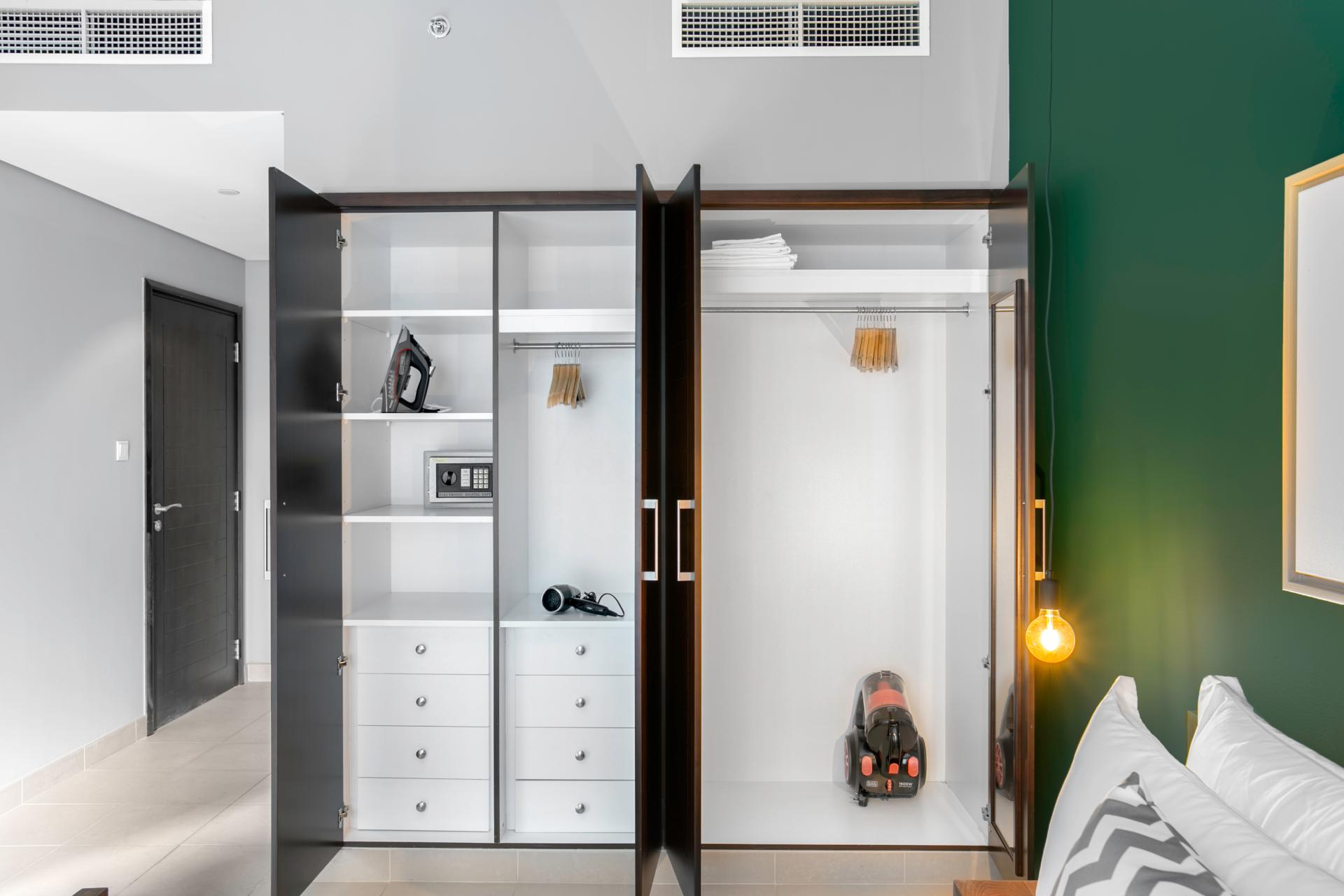 Wardrobe space at Boulevard Central Apartment - Citybase Apartments