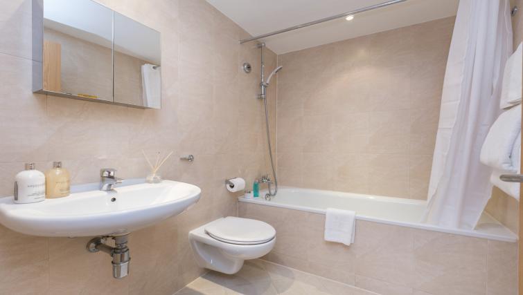 Bathroom at Maida Vale Aparthotel - Citybase Apartments