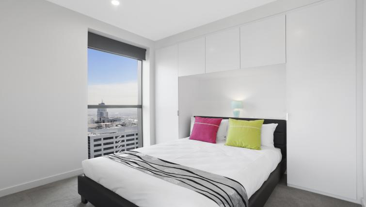 Bright bedroom at Platinum City Serviced Apartments - Citybase Apartments