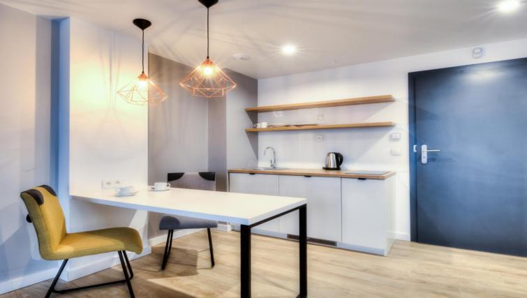 Kitchena t Lwowska 1 Aparthotel - Citybase Apartments