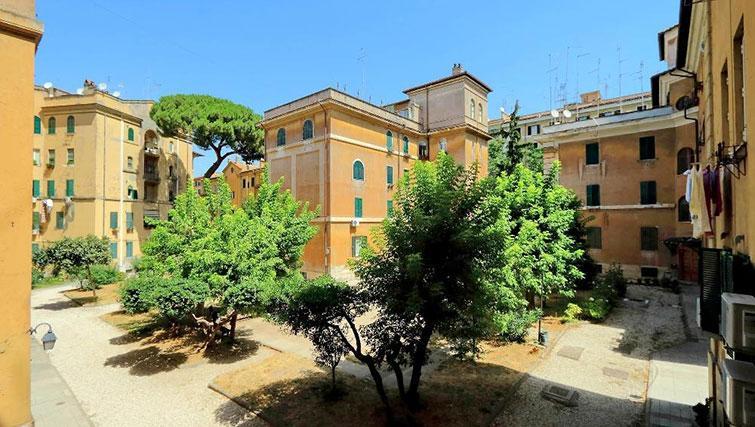 Communal internal gardens of Magnagrecia Apartments - Citybase Apartments