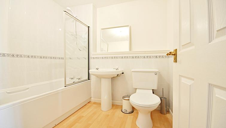 Bathroomat the Rowallan Residence - Citybase Apartments