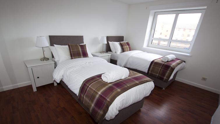 Twin beds at the No 37 Apartment - Citybase Apartments