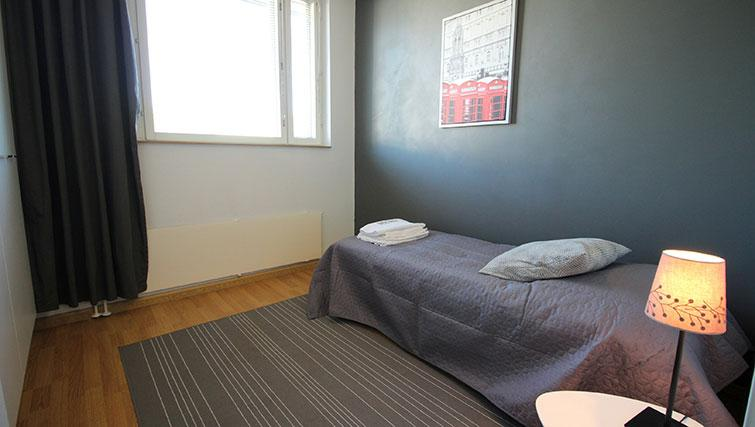 Bedroom at Vähäntuvantie Apartment - Citybase Apartments