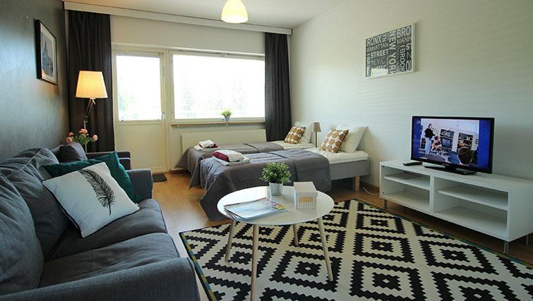 Living room at Vähäntuvantie Apartment - Citybase Apartments