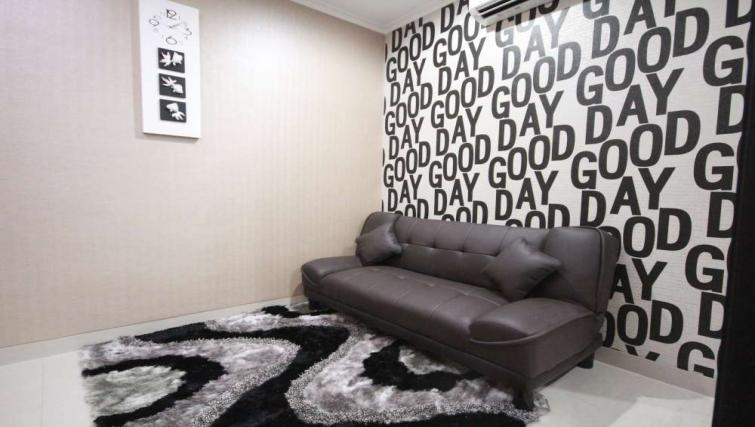 Living area at Harvia Suites - Citybase Apartments
