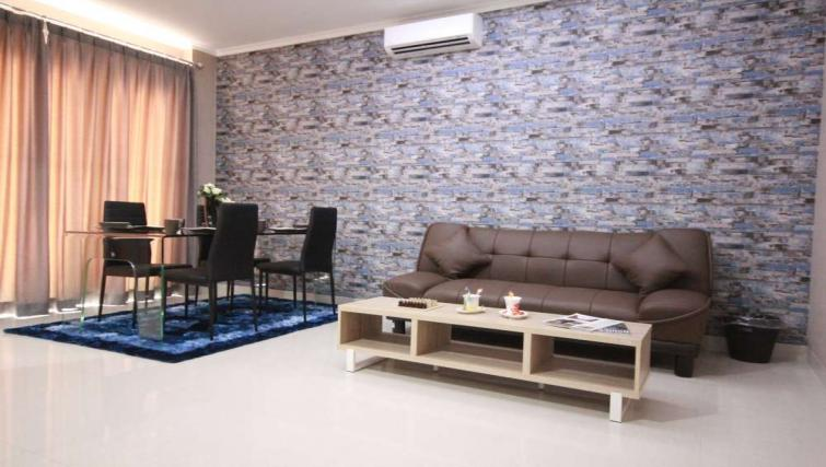 Living room at Harvia Suites - Citybase Apartments