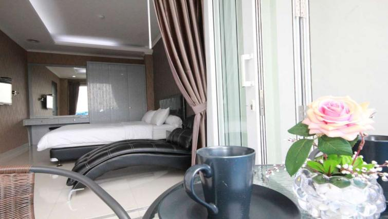 Bed at Harvia Suites - Citybase Apartments