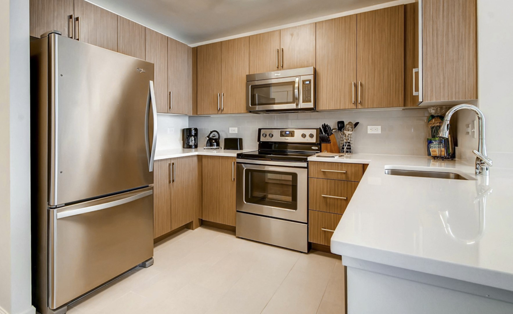 Kitchen at M2 Apartments, Hudson Exchange, Jersey City - Citybase Apartments