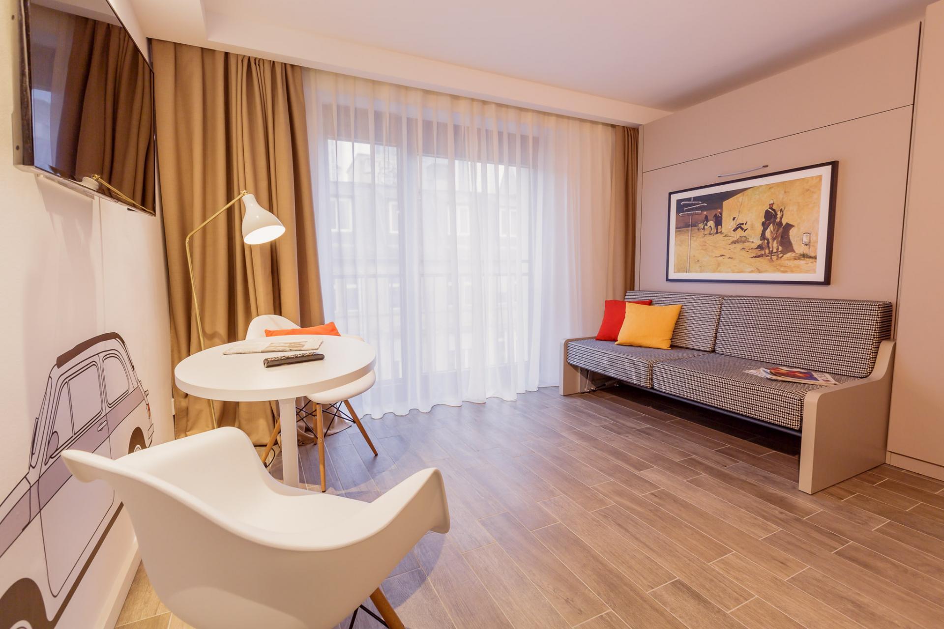 Living room at Brera Elbestrasse 29 - Citybase Apartments