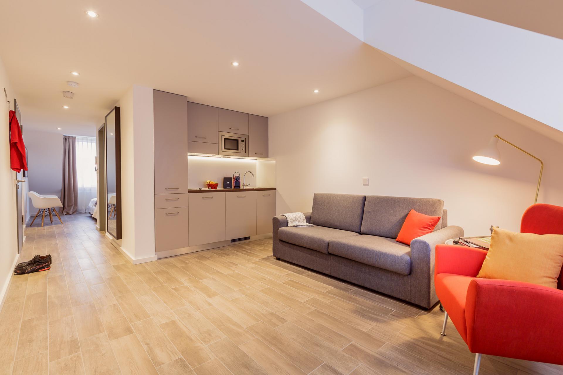 Sofa at Brera Elbestrasse 29 - Citybase Apartments