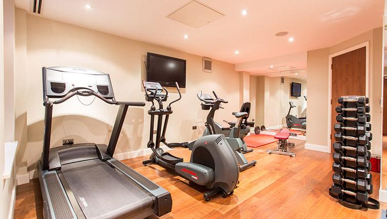 Gym at The Chambers Park Place - Citybase Apartments