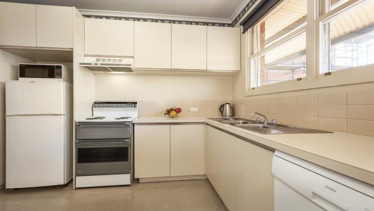 Kitchen at the Carlton Clocktower Apartments - Citybase Apartments