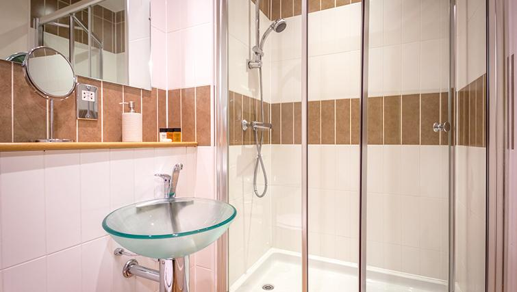 Shower at The Post Box Apartments - Citybase Apartments