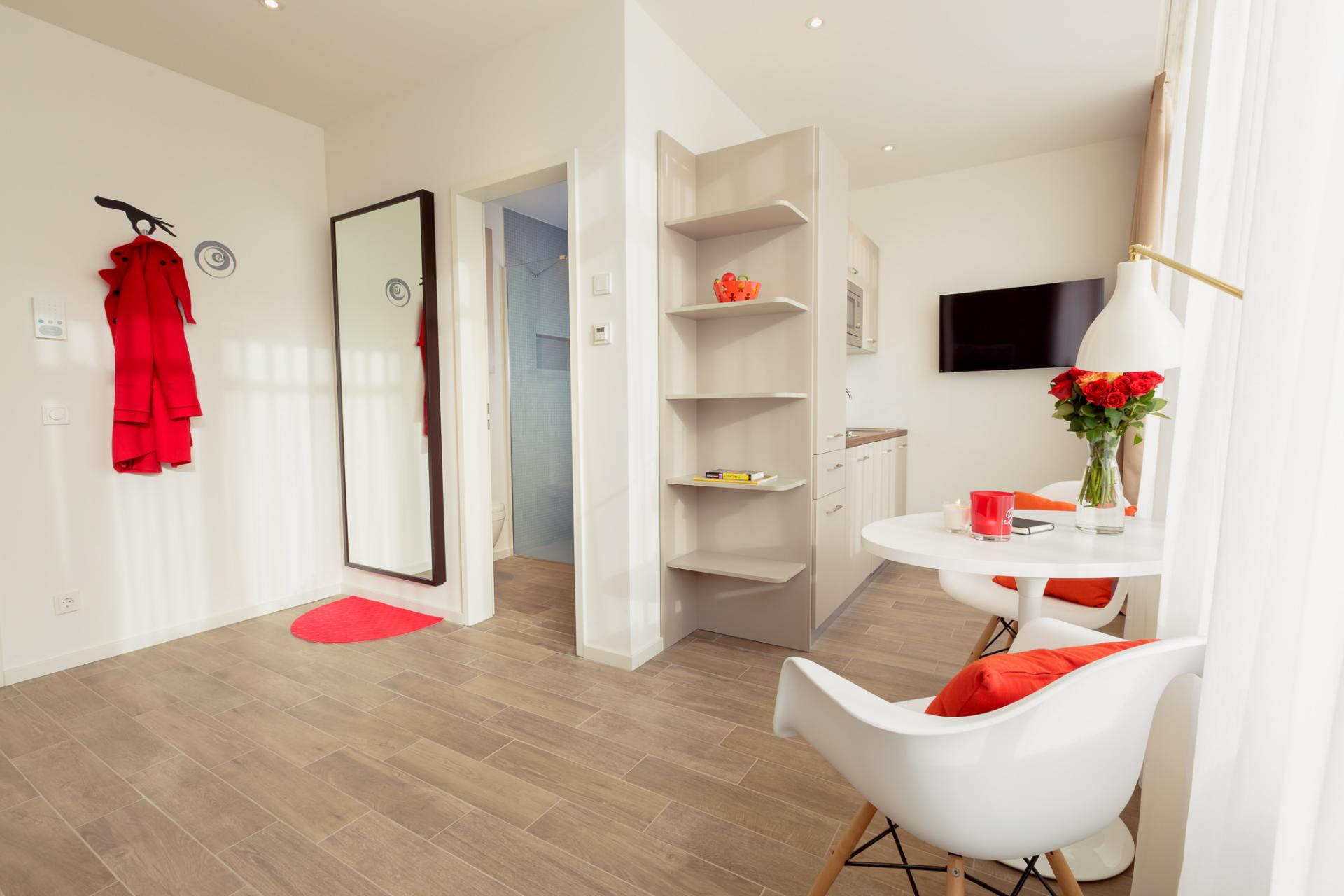 Bright living space at Brera Westendstrasse 170 Apartments - Citybase Apartments