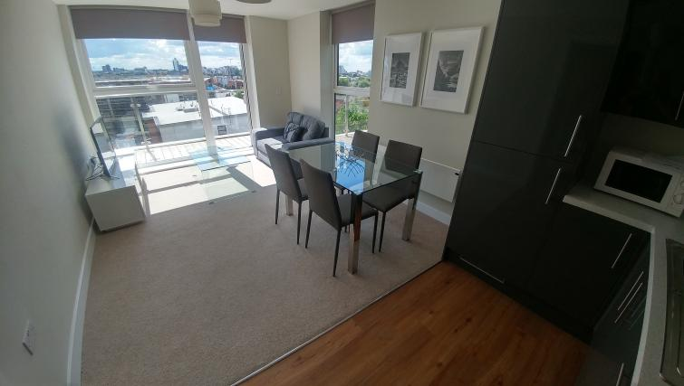 Dining table at Bridgewater Gate Apartments - Citybase Apartments