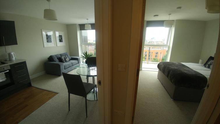 Dining area at Bridgewater Gate Apartments - Citybase Apartments