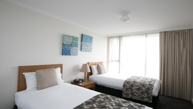 Twin beds at The Sebel Sydney Chatswood Apartments - Citybase Apartments