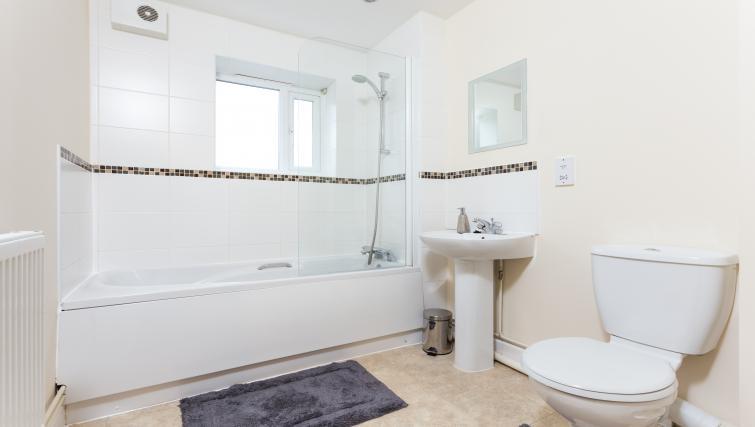 Bathroom at Pride Apartments - Citybase Apartments