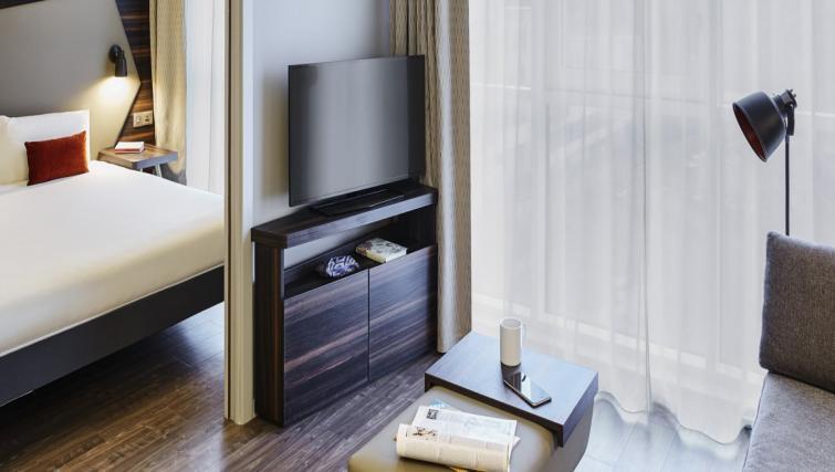Living area at Adagio Edinburgh Royal Mile Apartments - Citybase Apartments