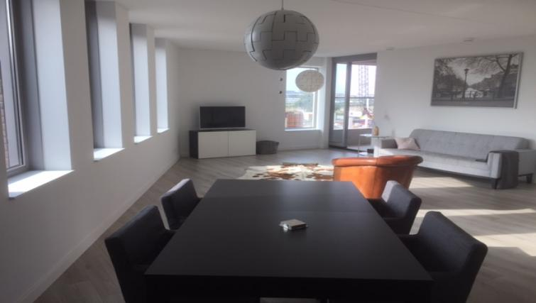 Dining area at the Stationslaan Apartment - Citybase Apartments