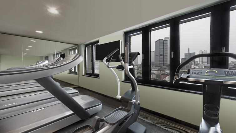 Fitness centre at the Adina Apartment Hotel Frankfurt Westend - Citybase Apartments