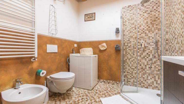 Bathroom at Sebenico Serviced Apartment - Citybase Apartments